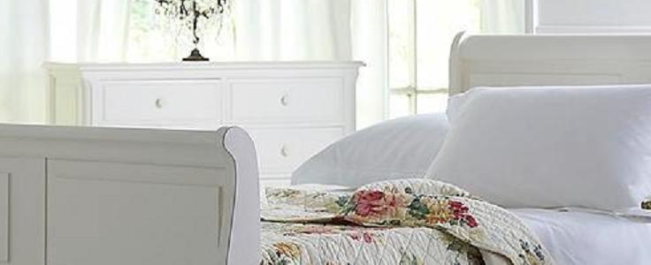 Postelje in nočne omarice