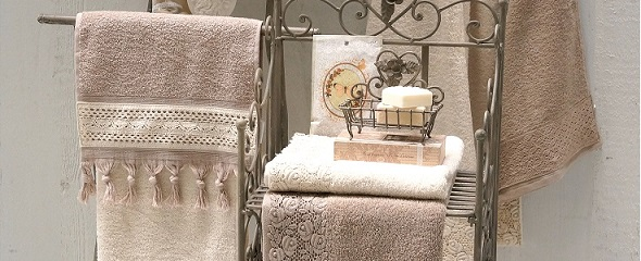 Brisače in copati