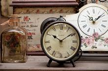 Stenske in namizne ure